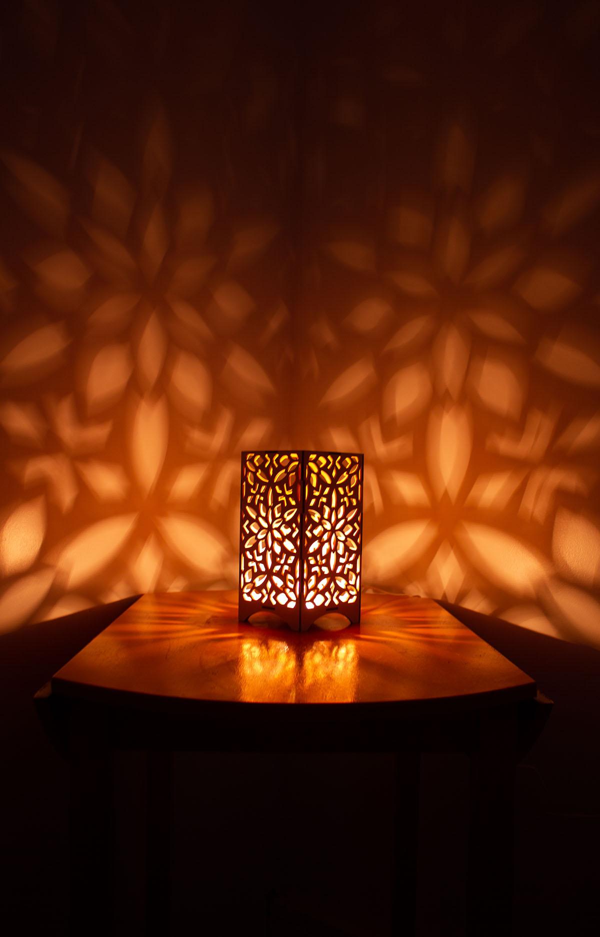 """Maple LightBox - """"Aligned"""" Design"""